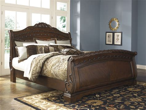 shore sleigh bedroom set from b553