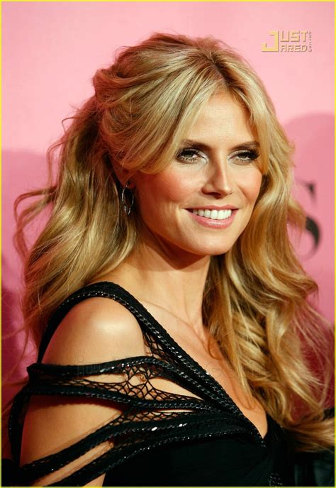 Heidi Klum Seal Victoria Secret Pink Carpet Photo