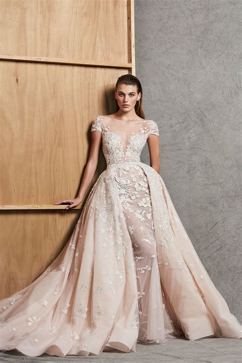 Модные тенденции свадебных платьев 2019 фото