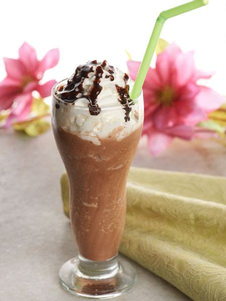 Iced vanilla coffee drink a2milk. Which Classic Ice Cream Flavor--Vanilla, Chocolate, or Strawberry--Is the Best?
