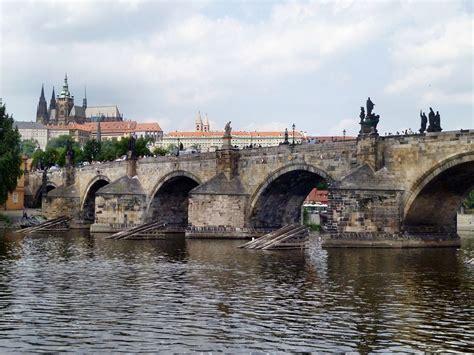 Karlův Most Wikipedie