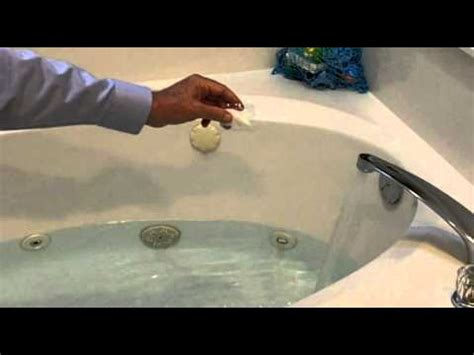 what does tubbed how to disinfect a jetted tub