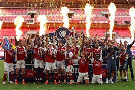 Arsenal win FA Cup for record 14th time to qualify for ...
