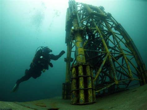 jobs saturation diver hazmet divers   scuba