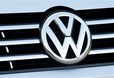 W Logo Car by Volkswagen Logo Volkswagen Car Symbol Meaning And History