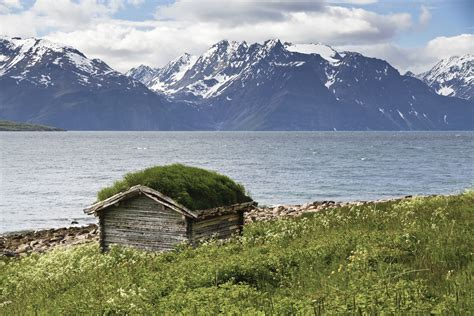Google Plus Background Image File Shed With Green Roof At Lyngen Fjord 2012 June Jpg Wikimedia Commons
