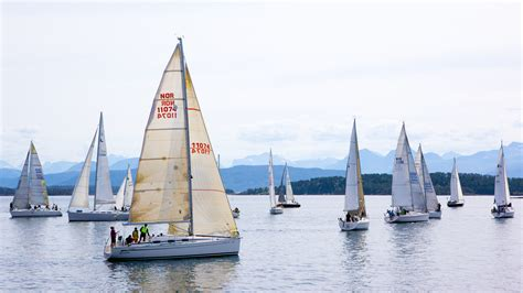 Pictures Of Sailboats by File Sailboats In Molde Jpg Wikimedia Commons