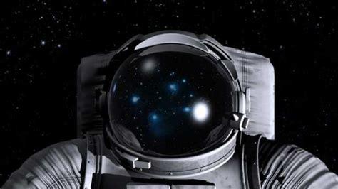 space astronaut helmet nasa long without survive planet each walk could suit water aborts filling begins iflscience spacewalk leak