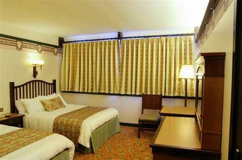hotel sequoia lodge chambre montana nouvelle décoration pour les chambres du disney 39 s sequoia