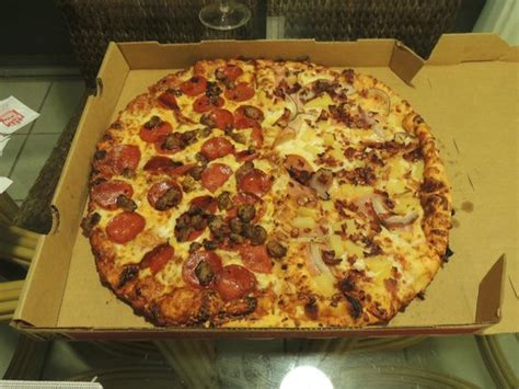 round table pizza reviews round table pizza lahaina 2580 kekaa dr restaurant
