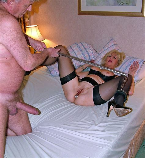 Amateur Wife Blindfold Tied