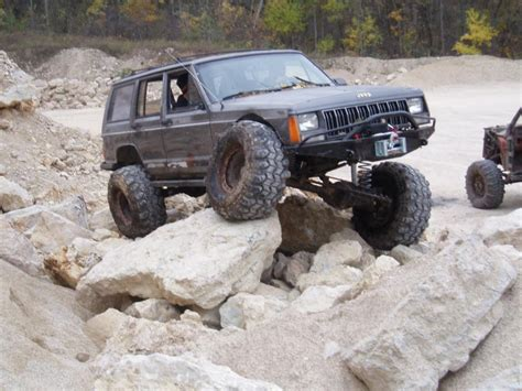 jeep cherokee off road tires off road jeep parts armor and more visit ajsoffroadarmor