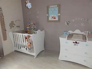 decoration d39une chambre de bebe king blanche par chloe With decoration chambre de bebe