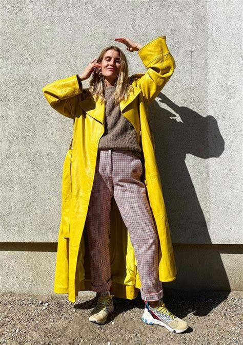 vibrante amarillo  neutro gris el duo de color  propone pantone   foto