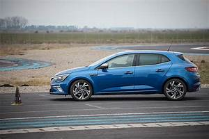 Renault Megane Gt : driven 2016 renault megane gt roundup autoevolution ~ Medecine-chirurgie-esthetiques.com Avis de Voitures