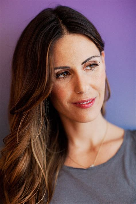 sarah howard makeup tips beauty editor routine