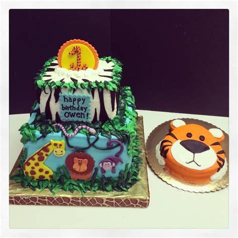 jungle themed  birthday cake cakecentralcom