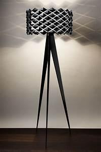 Abat Jour Lampe Sur Pied : lampe trois pieds ~ Nature-et-papiers.com Idées de Décoration