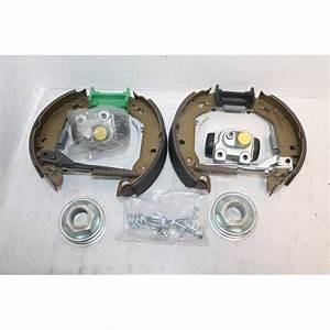 Kit Frein Arriere : kit de frein ar peugeot 205 montage lucas vintage garage ~ Melissatoandfro.com Idées de Décoration