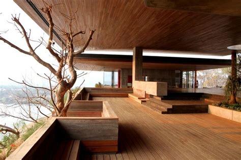 la terraza tiene techumbre la terraza  madera de