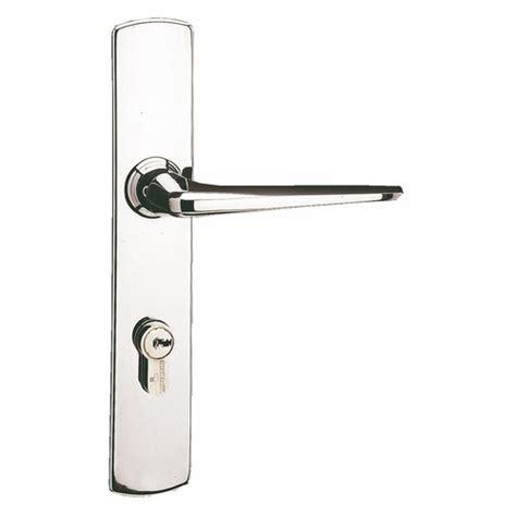 poignees de porte originales poign 233 es de porte riv bloc pour r 233 novation entraxe 72 mm carr 233 de 8 mm vachette bricozor