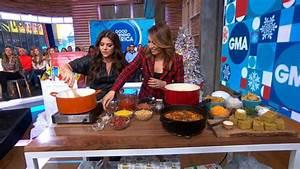 Tiffani Thiessen shares 4-bean chili and cornbread recipes ...
