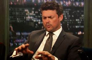Karl Urban GIFs - Find & Share on GIPHY