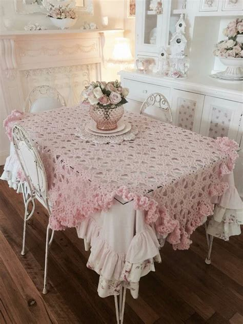 shabby chic decorations to make best 20 shabby chic dining ideas on shabby chic dining room eclectic tables