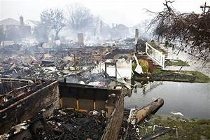 Hurricane Sandy Pictures: Floods, Fire, Snow in the Aftermath