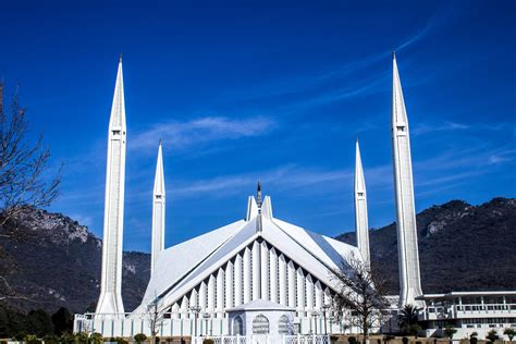 Faisal Mosque Hd Images by File Shah Faisal Mosque Front View Winter Jpg Wikimedia
