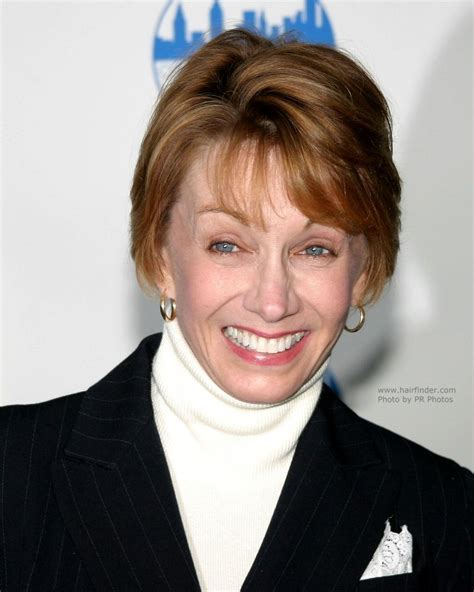 Sandy Duncan   Short hair for older women for a youthful