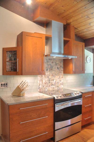 granite kitchen flooring 25 best ideas about cherry wood kitchens on 1294