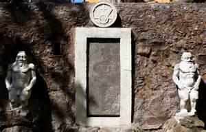 La Porta Magica Di Roma by La Porta Alchemica Di Roma Nemora