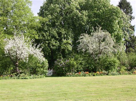 Der Wunderbare Garten by Ferienwohnung Techin Am Schaalsee Techin Frau Johanna K 252 Hne