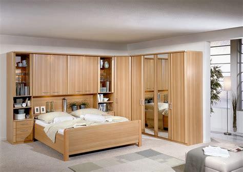 Loswerden Bett by Schr 228 Nke 252 Ber Dem Bett Haus Ideen