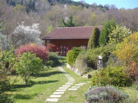location chalet individuel les chalets de la vigne grande besse 9608 chalet montagne