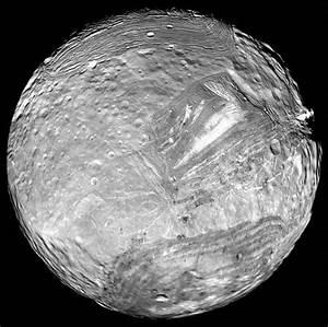 Uranus' moon Miranda | Anne's Astronomy News