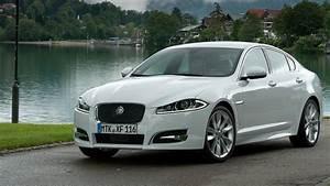 Land Rover Jaguar : jaguar land rover under investigation for vehicle rollaways roadshow ~ Medecine-chirurgie-esthetiques.com Avis de Voitures