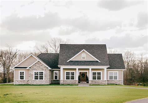 Nicely Proportioned Traditional House Plan