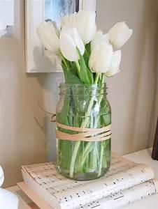 Deko Für Weiße Möbel : 42 herrliche ideen f r landhaus deko wei e tulpen landhaus deko und schnur ~ Indierocktalk.com Haus und Dekorationen