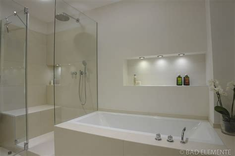 Moderne Kleine Badezimmer Mit Dusche by Badewanne Kleines Bad Kleine Und Moderne Badezimmer Mit