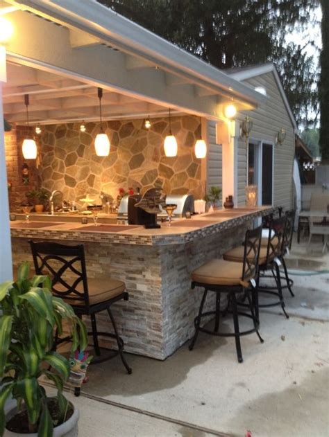 our design features a matted quartzite wall stacked stone