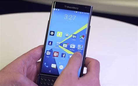 telus to roll out android marshmallow for blackberry priv