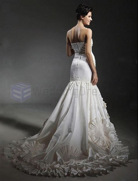 top ten most expensive wedding dresses most expensive wedding dresses page 3 of 10 ealuxe com