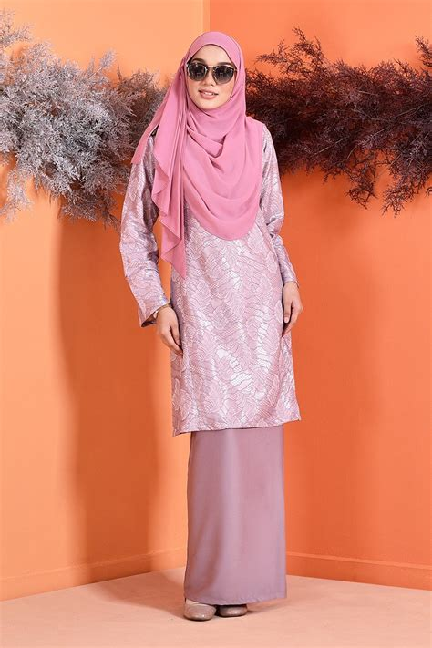 baju kurung puteri pahang lace gwenyth spring lilac