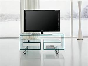 Tv Tisch Aus Glas : tv tisch auf rollen 28 originelle designs ~ Bigdaddyawards.com Haus und Dekorationen