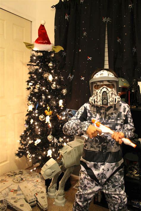 δείτε τα πιο cool star wars χριστουγεννιάτικα δέντρα