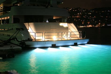 Xenon Underwater Boat Lights by Underwater Lights Limited Worldwide Water Marine