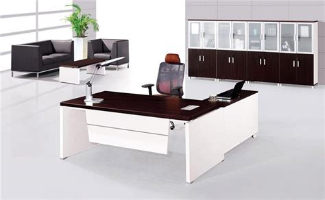things on a ceo s desk managing office furniture director 39 s table design
