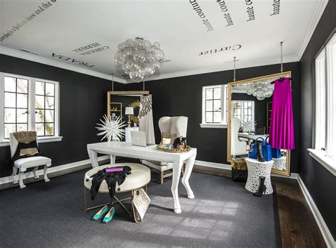 Tour This Amazing Fashion Blogger's Transitional Home